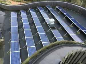 Aan Zee met zonnepanelen op het dak